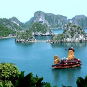 vietnam-ha-long-bay1[1]